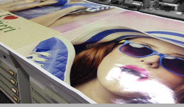 Stampa-adesivi